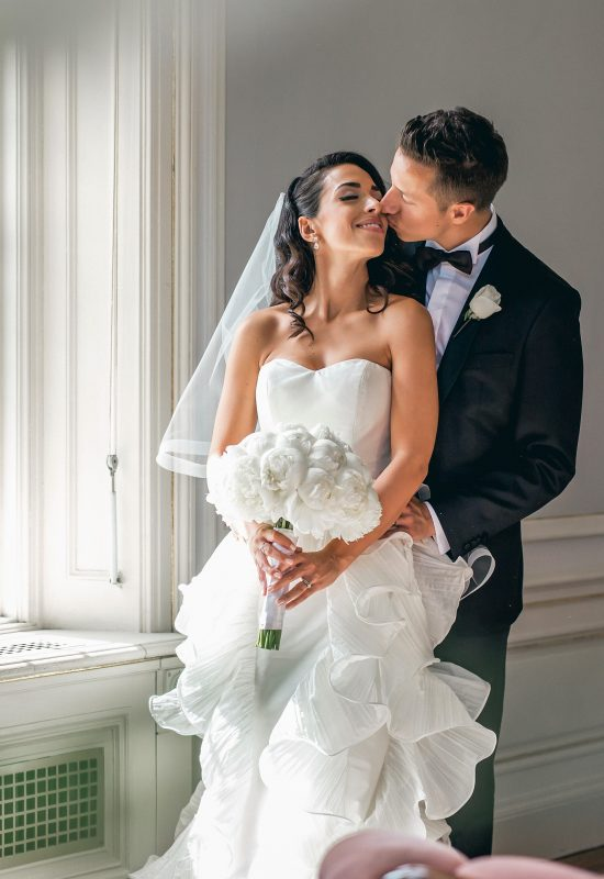 toronto-bridal-style-casa loma-wedding-bride-airbrush makeup-mink lashes-luxury-peonies-bride and groom-vintage hair-hollywood waves (2)