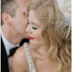 blonde-bride-vintage-red-lips-birdcage-veil-toronto-thompson-hotel-bridal-makeup-artist