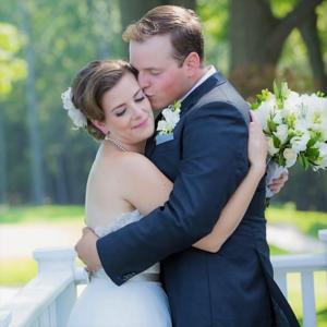 golf-club-outdoor-wedding-toronto-bride-groom-couple-bridal-makeup-hair-updo