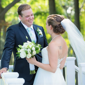 golf-club-wedding-toronto-lakeside-bride-groom-updo-veil