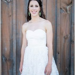 mississauga-engagement-photoshoot-barn-country-toronto-bridal-style-makeup-artist-casual-white-dress-wedding
