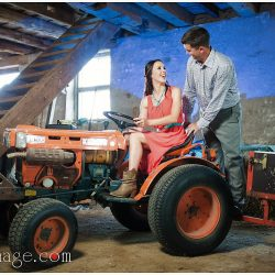 mississauga-engagement-photoshoot-barn-country-tractor-toronto-bridal-style-makeup-artist