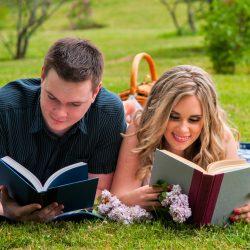 toronto-bridal-style-burlington-botanical-gardens-engagement-mississauga-makeup-artist-hairstylist-couple-photoshoot-park