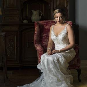 toronto-wedding-fantasyfarm-osgoodehall-toronto-bridal-style-glam-wedding-makeup-brazillian-bride