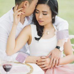 vineyard-engagement-winery-ontario-couple-photoshoot-asian-makeup-hair-engaged